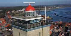het lichthuis van de Brandaris met een mooi uitzicht over de enige natuurlijke haven van Nederland. Tevens zeeverkeer centrale en trouwlocatie. 0,3 sec. licht, 4,7 sec. donker. zichtbaar tot 54 km oftewel 29 zeemijlen.