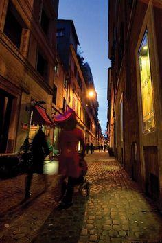 Streets of Roma – photo by maximzar