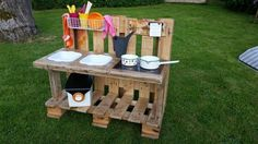 "Mud kitchen ""unique"" for inside or outside - mamikreisel.deMud kitchen ""unique"" for inside or outside - mamikreisel.deDIY building instructions for a Waldorf tree houseWooden toys DIY Waldorf, Waldorf tree house, natural toys, wooden toys DIY, Mud Kitchen For Kids, Kitchen Mats, Backyard Playground, Pallets Garden, Diy Toys, Diy For Kids, Kids Playing, Wooden Toys, Outdoor"