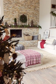 love this fireplace and the decorations!