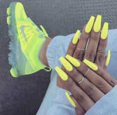 Acrylic Nails Coffin Short, Almond Acrylic Nails, Best Acrylic Nails, Acrylic Nail Designs, Almond Nails, Yellow Nails, Pink Nails, My Nails, Fall Nails