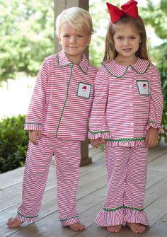 Santa Loungewear Coming up at Southern Tots at EST! Christmas Baby, Christmas Morning, Kids Christmas Pajamas, Preppy Christmas, Christmas Outfits, Streetwear, Baby Sewing, Future Baby, Baby Love