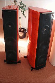 sonus faber amati homage Audiophile Speakers, Monitor Speakers, Hifi Audio, Audio Design, Speaker Design, High End Audio, Loudspeaker, Audio Equipment, Cinema