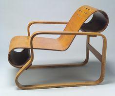Model No. 41 lounge chair, 1931–32  Alvar Aalto (Finnish, 1898–1976)  Laminated birch  36 x 24 in. (61 x 91.4 cm)  Purchase, Friends of Twentieth Century Decorative Arts Gifts, by exchange, 2000 (2000.375)