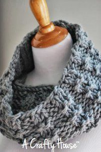 Lazy Friday Cowl