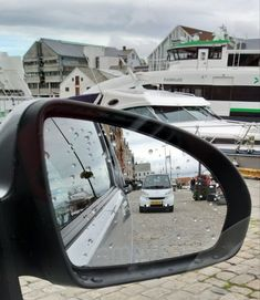 Car Mirror, Norway, Times