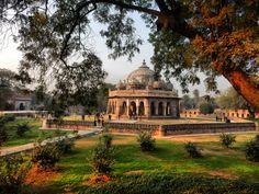 New Delhi (India) Mormantul lui Tomb New Delhi, Delhi India, Taj Mahal, Asia, Mansions, House Styles, Building, Travel, Goa India