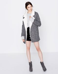 Knit coat with faux-fur lapels - Coats and jackets - Clothing - Woman - PULL&BEAR Hungary