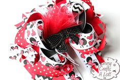 I Like Big Bows: These bows have character!