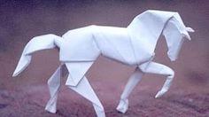 Fantástico caballo origami