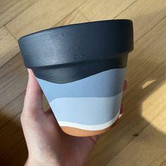 Terracotta Plant Pots, Painted Plant Pots, Painted Flower Pots, Flower Pot Art, Large Flower Pots, Indoor Planters, Diy Planters, Decorative Planters, Clay Pots