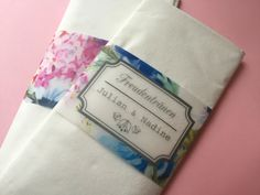 """Freudentränen-Taschentuch """"Blumengarten"""" von Mazet Design auf DaWanda.com"""