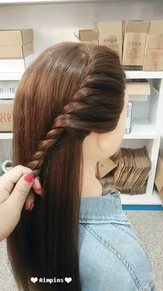 Long hair hairstyles for girls Hairstyles Tutorials Compilation 2019 Tree Braids Hairstyles, Girl Hairstyles, Braided Hairstyles, Hairstyles For Girls Easy, Straight Hairstyles For Long Hair, Cute Bun Hairstyles, Super Easy Hairstyles, Hairstyles Videos, Beautiful Hairstyles