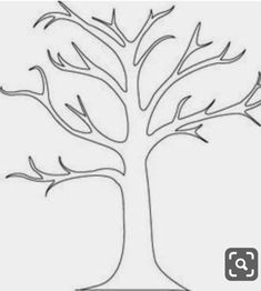 How to create a tree mural A beautiful tree mural with very little painting required. You can create a tree mural design using the concept from my previous post. Find yourself a tree shape outline. There are loads to be f… Family Tree Mural, Family Tree Quilt, Tree Stencil, Stencil Diy, Paper Tree Classroom, Classroom Fun, Painted Branches, Simple Tree, Metal Tree Wall Art