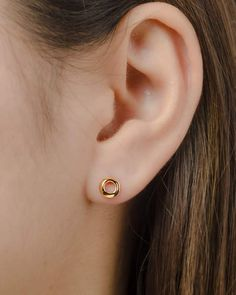 Silver Bar Stud earrings in Sterling Silver, short silver bar stud, sterling bar post earrings, silver drop earring, minimalist jewelry - Fine Jewelry Ideas Bar Stud Earrings, Small Earrings, Circle Earrings, Cute Cartilage Earrings, Multiple Earrings, Cartilage Stud, Dainty Earrings, Tragus, Crystal Jewelry