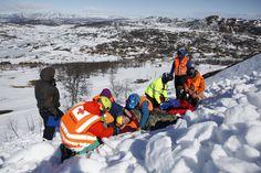 Skredøvelse Norske Redningshunder, Norsk Luftambulanse, Røde Kors, lokale mannskaper.