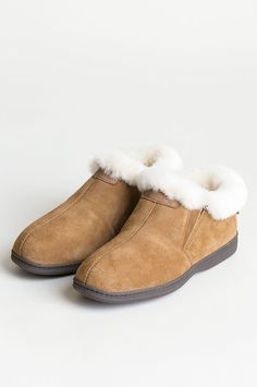 b362f1382805e 48 Best Sheepskin Slippers for Women and Men images in 2019 ...