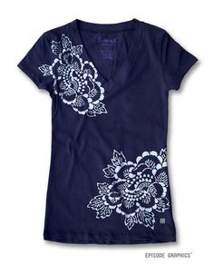 Hey, I found this really awesome Etsy listing at https://www.etsy.com/listing/187192994/oriental-flower-pattern-print-v-neck