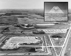 """INCRÍVEL: E. U. A. Constrói uma Pirâmide com """"Olho que Tudo Vê"""" no Meio do Nada?"""