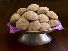 Ghirardelli Chocolate Mexican Wedding Cookies https://www.ghirardelli.com/recipes-tips/recipes/chocolate-mexican-wedding-cookies