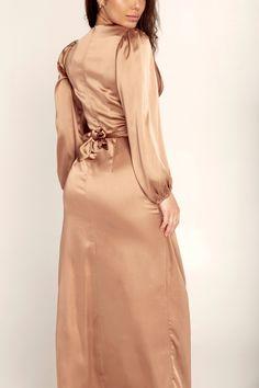 Julianna Satin Wrap Waist Maxi Dress - Caramel Stylish Dress Designs, Stylish Dresses, Elegant Dresses, Pretty Dresses, Beautiful Dresses, Modesty Fashion, Muslim Fashion, Fashion Dresses, Silk Satin Dress