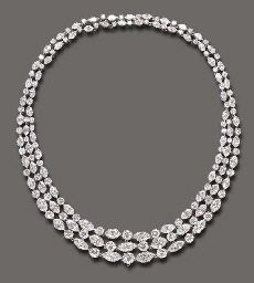 AN ELEGANT DIAMOND NECKLACE, BY HARRY WINSTON