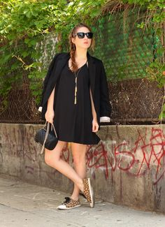 Bloggers We Love: TfDiaries By Megan Zietz: Sneakers + A Blazer