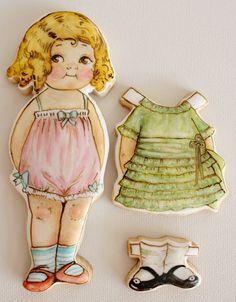 ♔Vintage Paper Doll Cookies by Arty McGoo Fancy Cookies, Iced Cookies, Cute Cookies, Royal Icing Cookies, Cupcake Cookies, Sugar Cookies, Cookies Et Biscuits, Cupcakes, Food Design