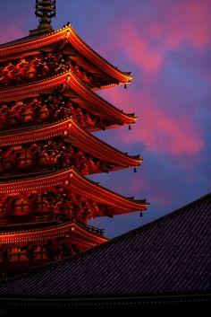 via Asakusa Temple Tower at Twilight | Yves Rubin Photography