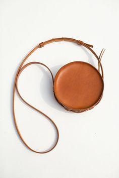 Sara Barner - Tan Circle Bag | BONA DRAG