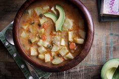 A spoonful of Tanzania's Coconut Potato Soup garnished with moons of buttery avocado will transport you to the windswept slopes of Mount Kilimanjaro. Never fear: The howl you'll hear a… Tanzanian Recipe, Zambian Food, Soup Recipes, Vegan Recipes, Vegan Soups, Tanzania Food, Caribbean Recipes, Caribbean Food, One Skillet Meals