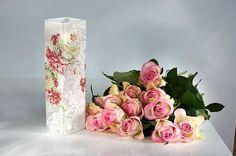 Pentart dekor: Rózsás váza a fehér bűvöletében