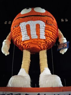 Image detail for -ERIKA: M's giant pretzel chocolate piñata, I want one for my bday ...