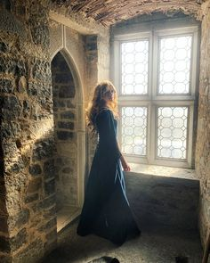 Someday my prince will come . or perhaps sendeth me a fair DM. Katherine Mcnamara, Divas, Magnificent 7, Maze Runner The Scorch, Shadowhunters Tv Show, Real Princess, Gorgeous Redhead, Clary Fray, Princess Aesthetic