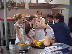 EXAMPLE of cafeteria/classroom/community interconnections - VT: Burlington School Food Project, a recipe for school and community integration