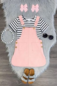 Number of toddler overalls and trousers created for longevity and make the baby comfortable. Get started on searching now! Cute Baby Girl Outfits, Kids Outfits Girls, Toddler Girl Outfits, Toddler Fashion, Kids Fashion, Toddler Girls, Kid Outfits, Fuchsia, Blush Pink