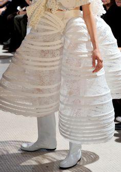 Comme des Garçons Spring 2012 Ready-to-Wear Fashion Show Details Mens Fashion Week, Runway Fashion, Fashion Brand, Fashion Show, Fashion Design, Hoop Skirt, Spring, Comme Des Garcons, Mode Inspiration