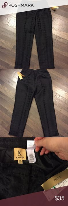 🆕 Kasper Black Houndstooth Ankle Dress Pants 8P Brand new with tags! Thank you for looking! Kasper Pants Ankle & Cropped