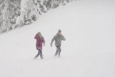 Im Schnee mit Loden. Snow, Outdoor, Outdoors, Outdoor Games, Human Eye