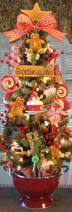Kitchen Gingerbread Tree in astrainer pot- love it ♥ Country Christmas cottage…