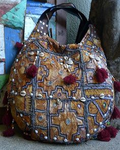 Boho style bags for all those hippies, free spirits and lovers of bohemian chic. Boho bags from India Thailand Bali Sri Lanka at http://www.bohobags.com.au/index.php?route=product/product&path=60&product_id=178