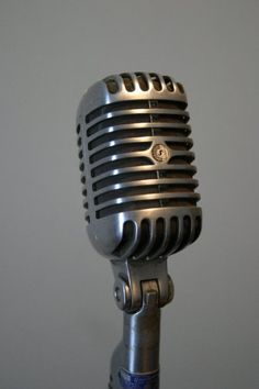 "Scotty Moore - The Shure 55S (""Elvis Mic"")"