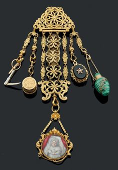 Set consisting of a chatelaine pomponne, openwork floral decoration