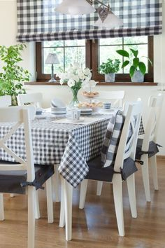 Quadro Collection consists of fabrics which are perfect for kitchen.