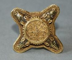 Anglo saxon gold ring, ca. 700 A.D.  Bling bling medieval style :)