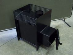 The relaxing ambiance and pleasant aroma of a wood burning sauna stove make a Royale wood sauna stove a top choice for those seeking a traditional sauna experience. Diy Heater, Sauna Heater, Stove Heater, Sauna Wood Stove, Building A Sauna, Calumet Michigan, Traditional Saunas, Outdoor Sauna, Outdoor Pool