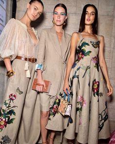 Fashion 2020, Look Fashion, Runway Fashion, High Fashion, Fashion Design, Fashion Trends, 50 Fashion, Paris Chic, Looks Chic