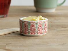 Henna Lamberg & Fred Owren (Vaja Ceramics and Design)