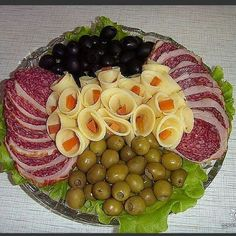 New cheese platter presentation cold cuts 34 ideas Meat Trays, Meat Platter, Food Platters, Cheese Platters, Appetizer Recipes, Appetizers, Food Displays, Snacks Für Party, Food Decoration