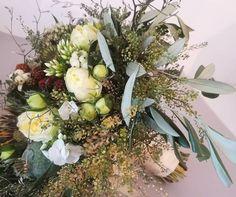 38405032_2192226524344150_5806910318084882432_n Flower Studio, Studios, Floral Wreath, Wreaths, Party, Flowers, Wedding, Decor, Dekoration